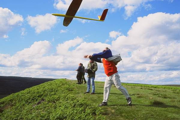 Hole of Horcum: John Phillips launching for Peter Bailey