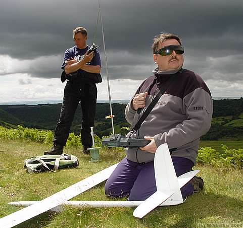 F3F on Sunday: Dave Woods (foreground) waiting to fly, and Mark Abbotts.