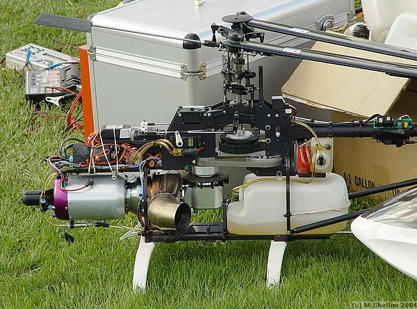 Gas turbine helicopter