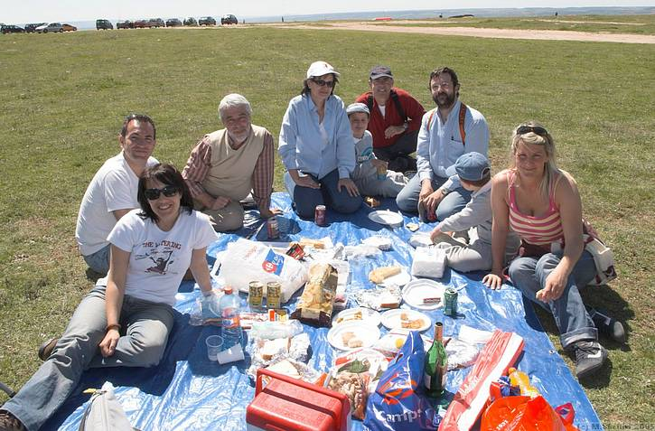 Our Spanish friends sure know how to put on a great picnic. A great picnic on top of the world.