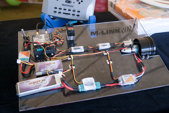 2.4 GHz demo rig, with 16-channel Rx and five sensors. Note separate Lipo's for motor and Rx.